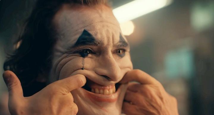 Joker: Un guiño al estigma de la salud mental. Imagen obtenida de: http://picale.mx/wp-content/uploads/JokerCov.jpg